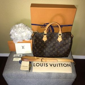 Authentic Louis Vuitton speedy 30 Bandouliere